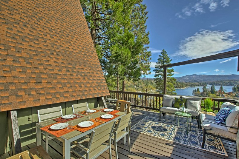 Experience the wonders of Lake Arrowhead in this vacation rental home.