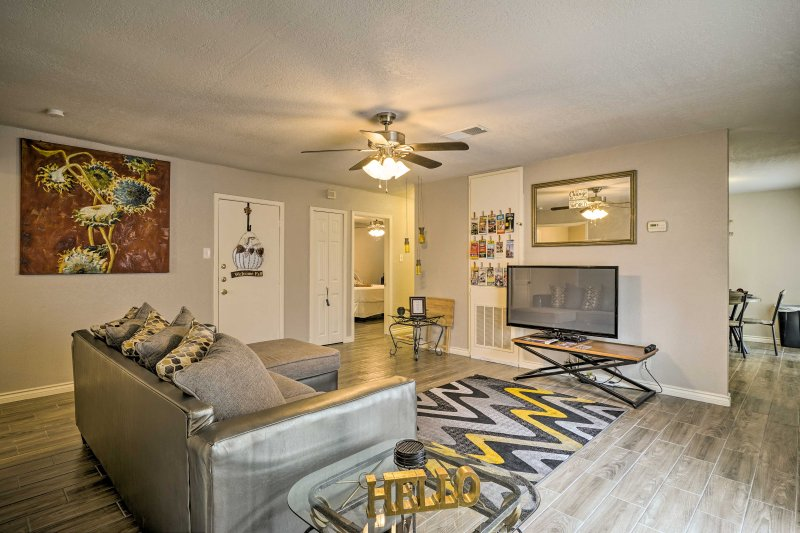 Relax and enjoy a memorable San Antonio getaway from the comfort of this unique, well-appointed vacation rental house.