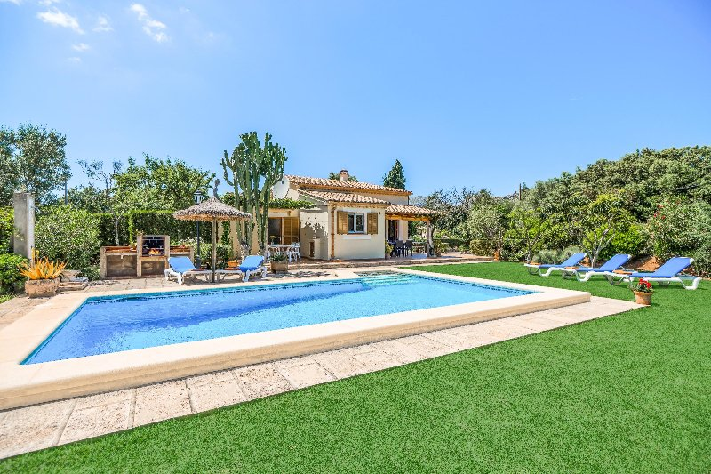 Can Canto Chalet in Puerto Pollensa