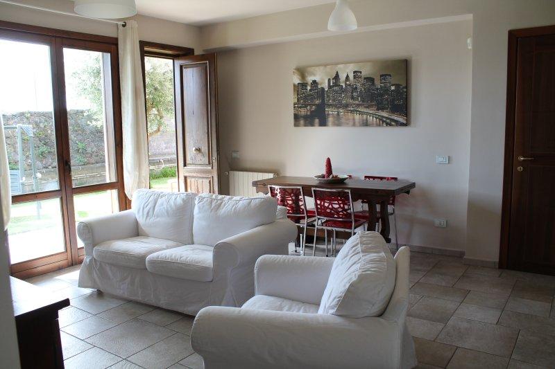 La Casa di Ugo - Etna, holiday rental in Pedara