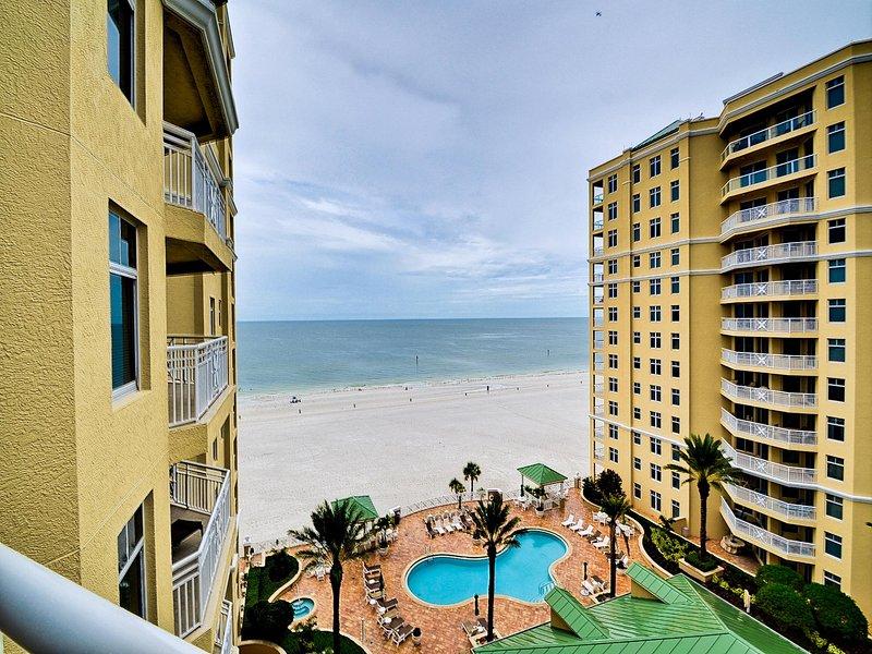 Panoramische 10. Etage mit Blick auf den Pool und den Golf von Mexiko