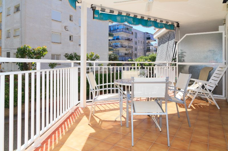 Apartamento acogedor cerca de la playa · UHC EBROMAR, vacation rental in Salou