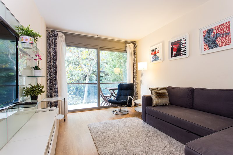 One bedroom heaven with Pool & Beach, vacation rental in Barcelona