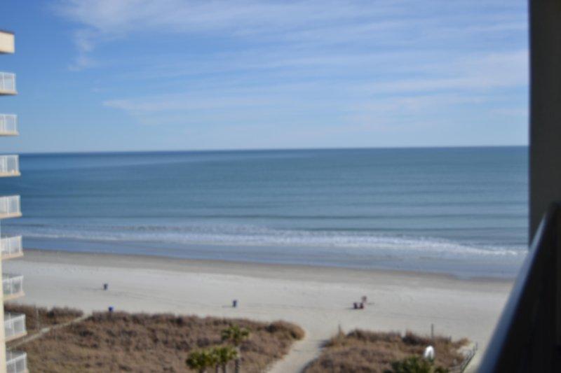 Mar Vista Grande Luxury Condo, 3BR/3BA oceanview, North Myrtle Beach SC, holiday rental in Longs