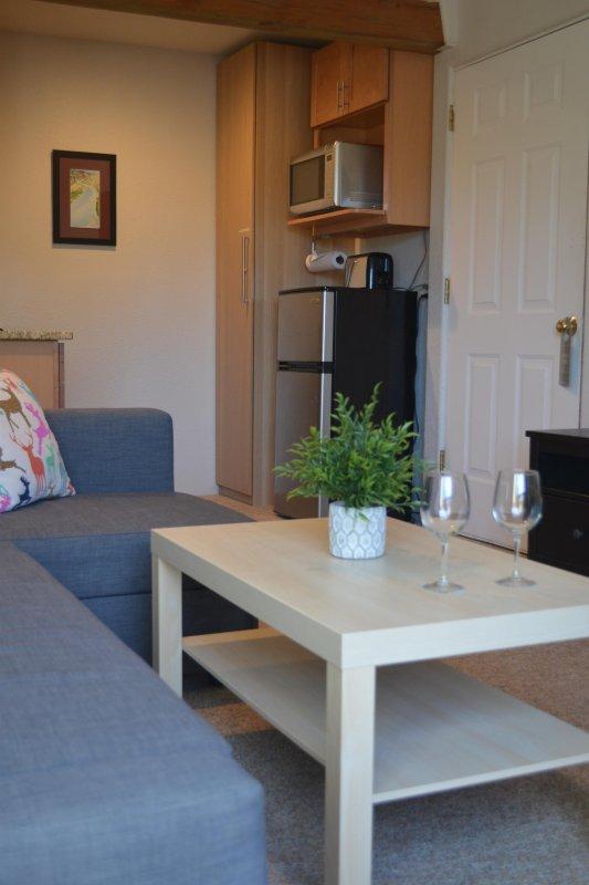 Duplo sofá-cama tamanho com vista a kitchenette