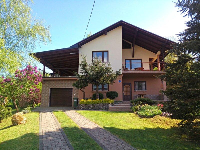 Apartment Stipčić-Mrežnički Brig, Duga Resa, Croatia, holiday rental in Bosiljevo