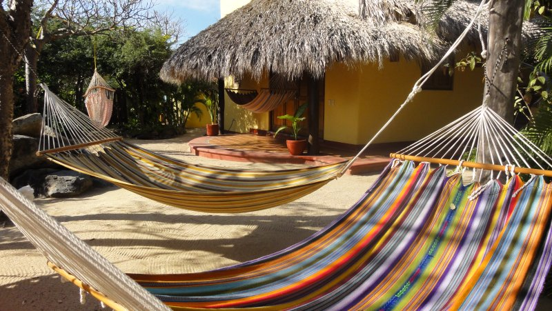 Casa colibri - Private room up to 5 people, holiday rental in Troncones