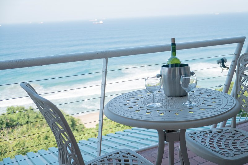 Affordable,magnificent Sea View Apartment, vacation rental in Umdloti