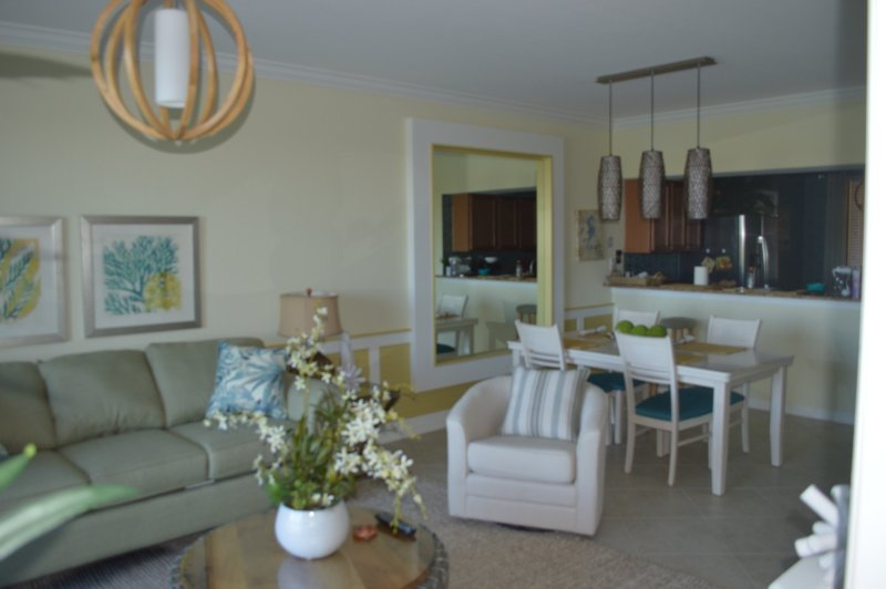Golf Country Club Condo Sleeps 4, holiday rental in Bradenton