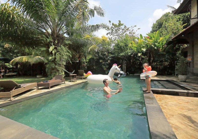 Private Pool Villa & Spa Umah Ting Ting ~ Ubud by Indobali Vrpk, holiday rental in Sayan