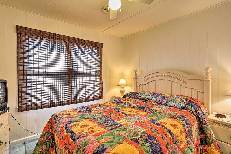Accogliente sul letto matrimoniale nella seconda camera da letto.
