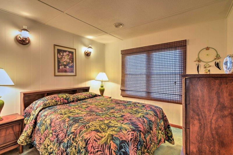 Godetevi sonni tranquilli dal letto matrimoniale nella camera anteriore.