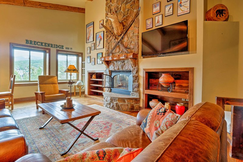 Retreat to the charming village of Breckenridge in this vacation rental condo!