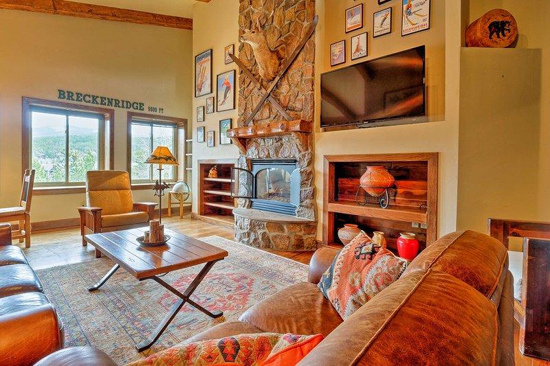¡Retírese al encantador pueblo de Breckenridge en este condominio de alquiler de vacaciones!