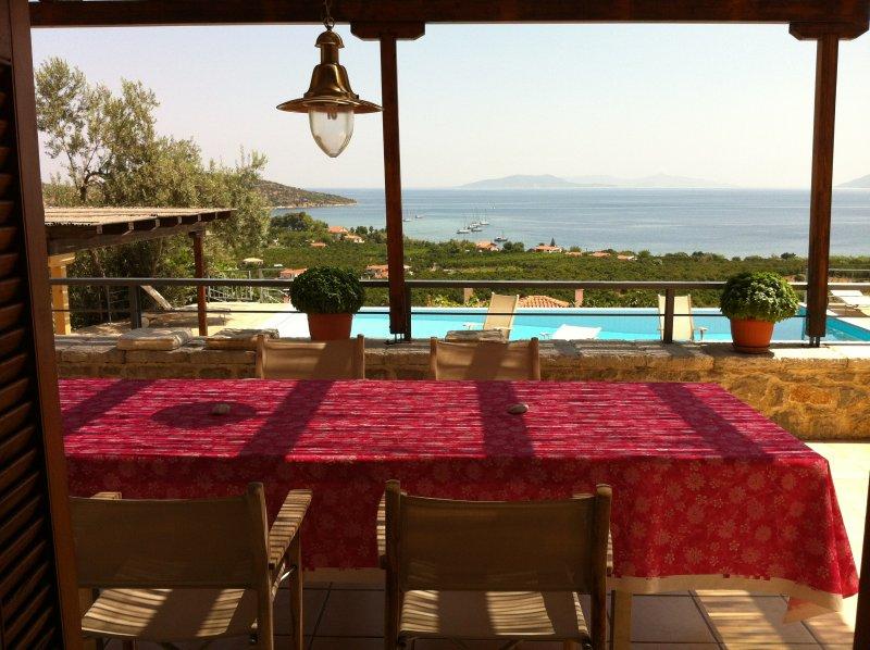 Villa, breathtaking view, pool, holiday rental in Ligourio