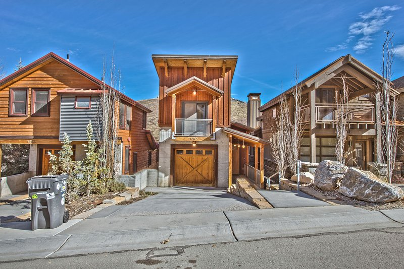 Park City Mountain Estate with Heated Driveway
