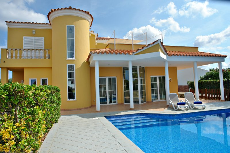 Villa with private pool and outdoor furniture