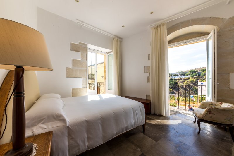 Suite Jesu Baroni Giampiccolo Suites, casa vacanza a Ragusa