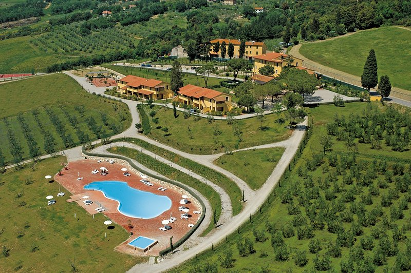 Agriturismo Belmonte - outstanding 2 bedroom apartment, holiday rental in Palagio