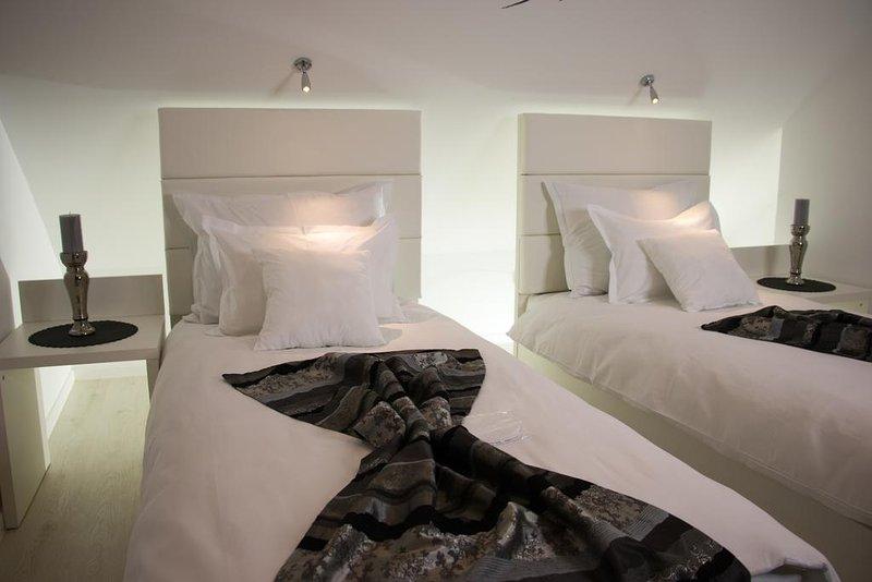 Villa Downtown Mostar Gold Apartment, vacation rental in Jezero