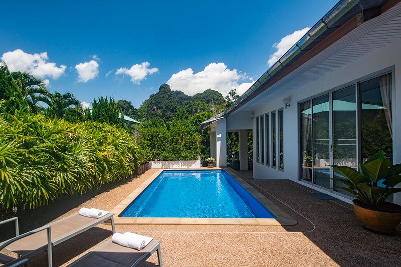 Bann Preeya Private Pool Villa, holiday rental in Ao Nang