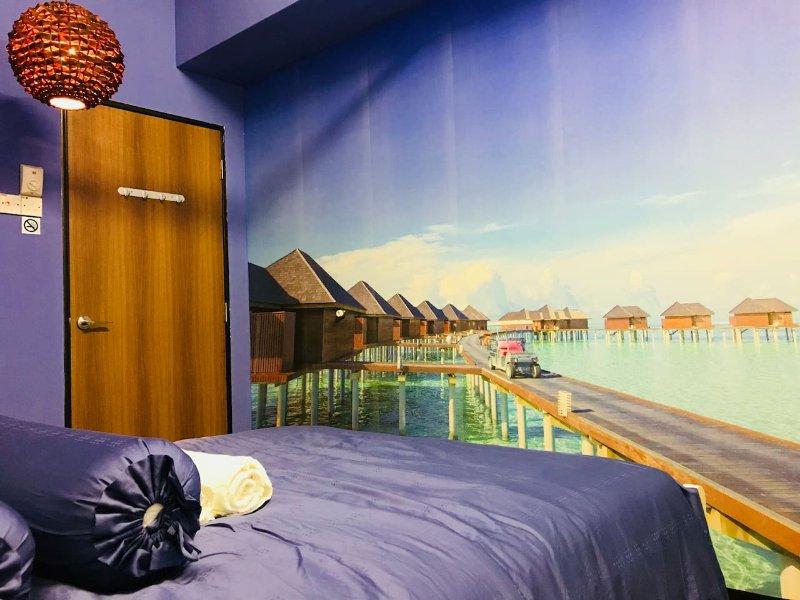 """MALDIVES"" Theme at USM Sungai Dua, Penang Island, holiday rental in Glugor"