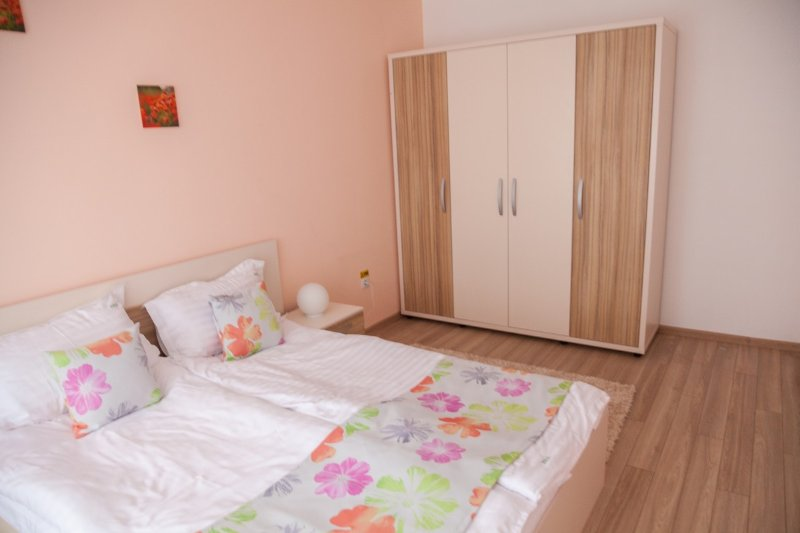 Brasov Holiday Apartments - Coral, vacation rental in Brasov