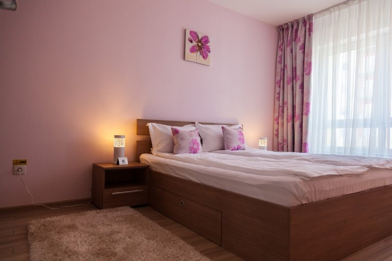 Brasov Holiday Apartments - Magenta, vacation rental in Brasov