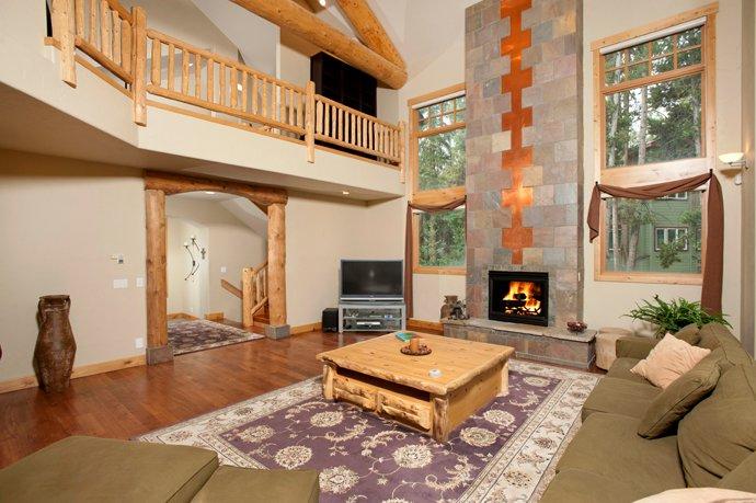 Sunbeam Lodge living room