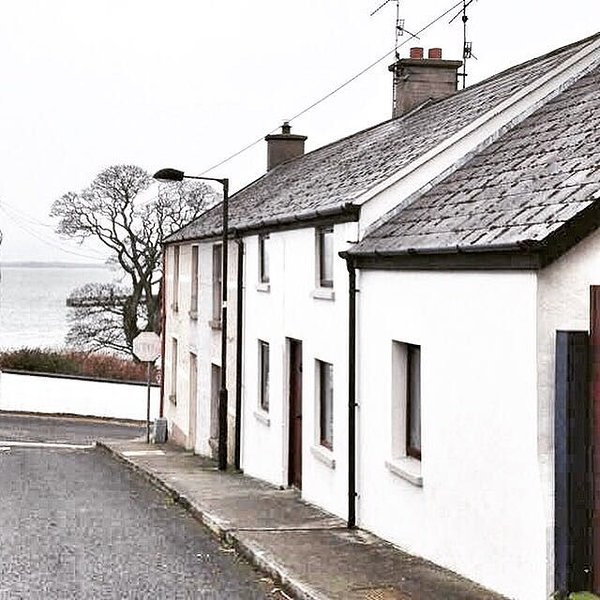 Charming cottage in the heart of Carlingford village, holiday rental in Meigh