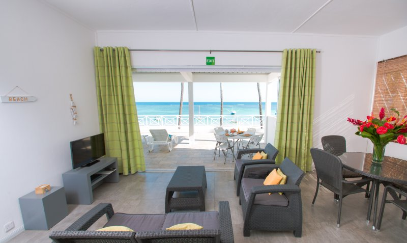 The living room, balcony, lagoon ..