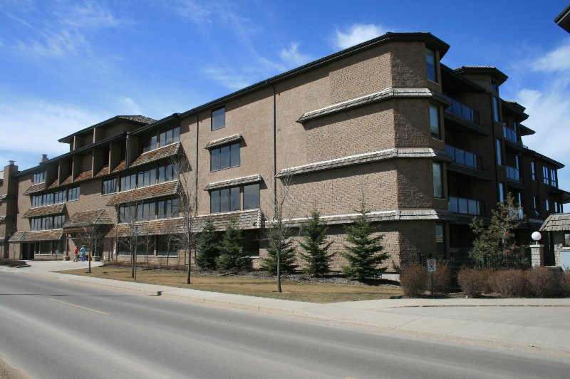 Front of Building with direct access to Circle Dr. to D/T and all area's of Saskatoon