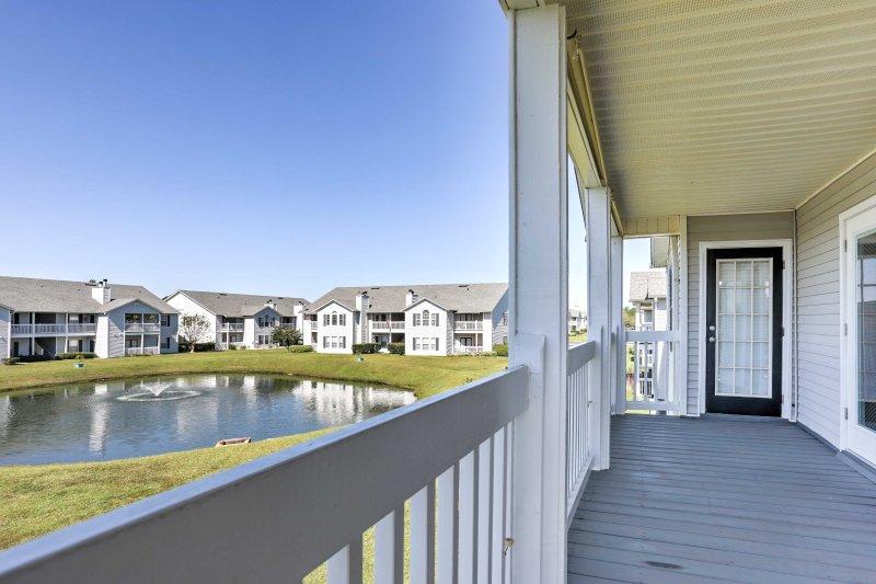 Begin your Gulf Shores escape at this 3-bedroom, 2-bath vacation rental condo!