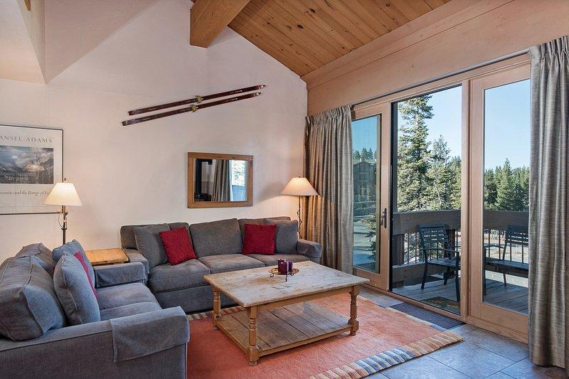 Northstar - A Village Loft Condo, vacation rental in Truckee