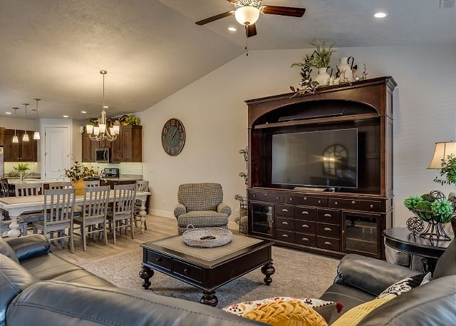 Living Room with TV, Seating for 8. Dining room