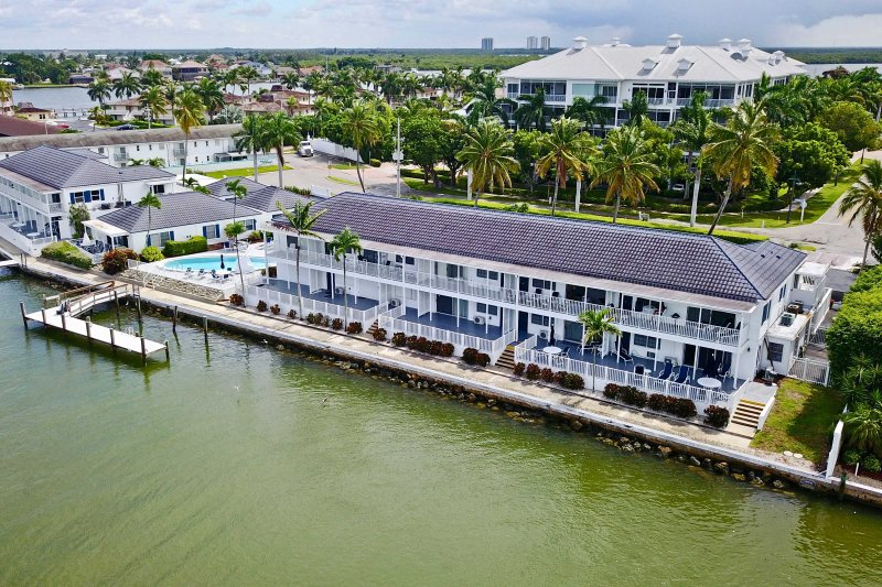 Your next Marco Island getaway begins at this charming condo!