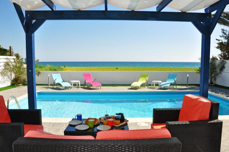 VILLA SUNSHINE, vacation rental in Mazotos