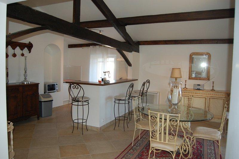 Appartement Victoria 3 meublé de tourisme 3 étoiles au chateau de la clapiere, location de vacances à Pierrefeu-du-Var