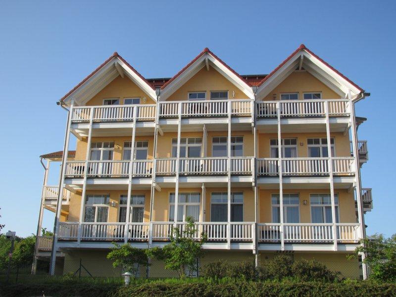 Villa Bergfrieden Göhren /Rügen 3-Raum Ferienwohnung mit Balkon, casa vacanza a Göhren
