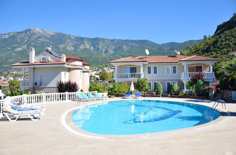 Cosy duplex apartment with stunning views in Oludeniz, holiday rental in Faralya