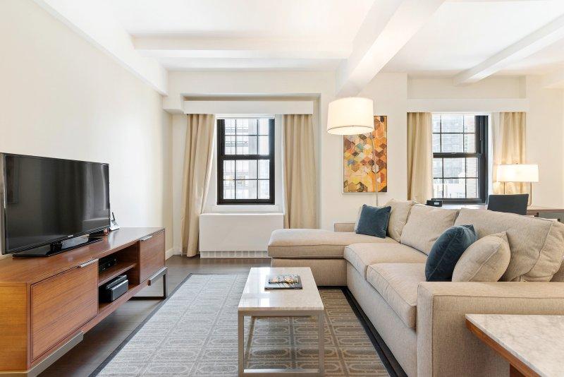 Luxury 1 BRs at Beekman Tower - 5 Min. Walk to U.N.  [Property 2311-1], vakantiewoning in New York