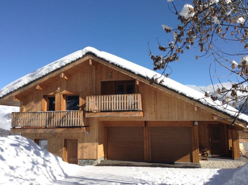 CHALET COMFORT MERIBEL LABEL 4 STARS 10 PERSONS
