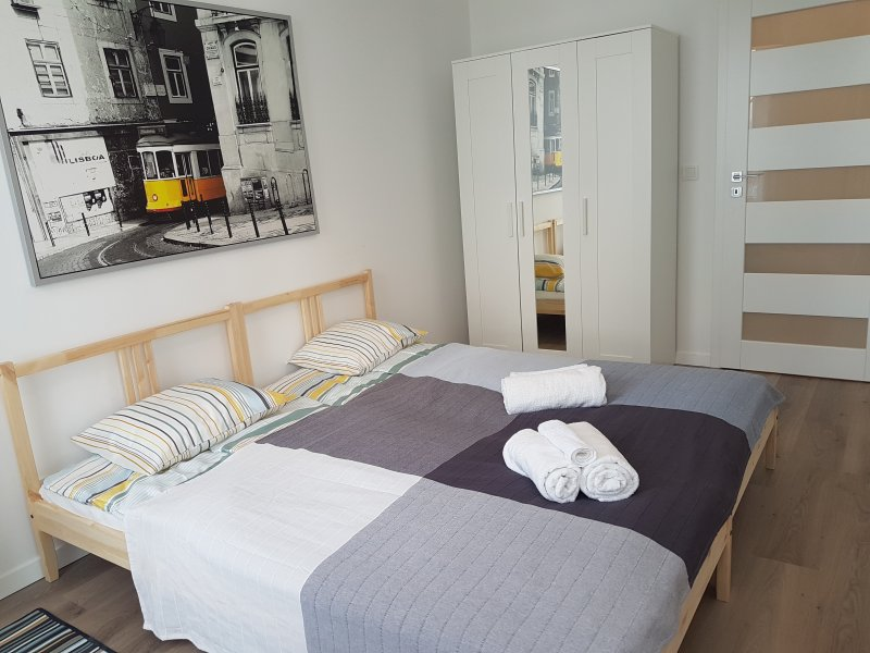 Airport / Mokotow Apartment,3 Room's,6 guests,Warsaw, vacation rental in Warsaw