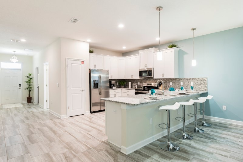 orlando vacation townhomes with kitchen and oven