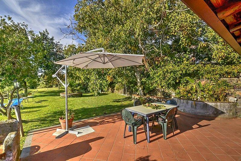 Sant'Alfio Villa Sleeps 4 - 5803052, holiday rental in Sant'Alfio