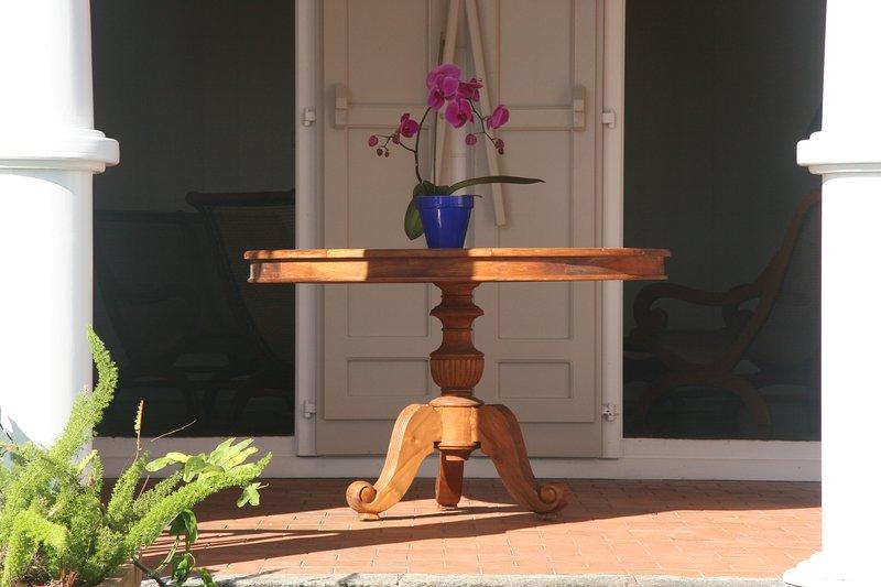 Charm och gästfrihet verandan