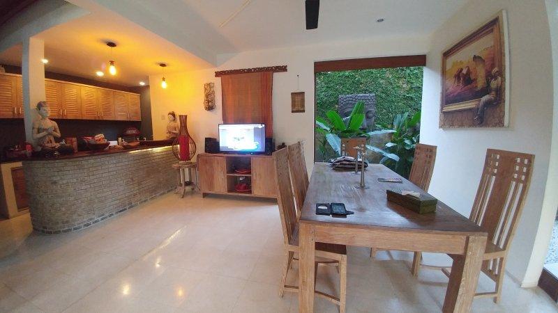 sala de estar, bar con cocina