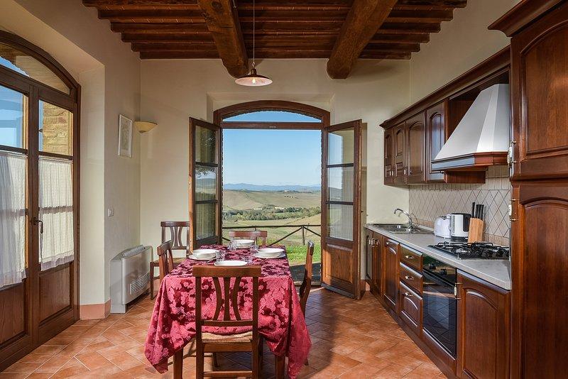 cocina y jardín exterior