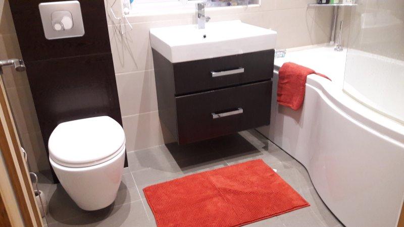 Os hóspedes Casa de banho
