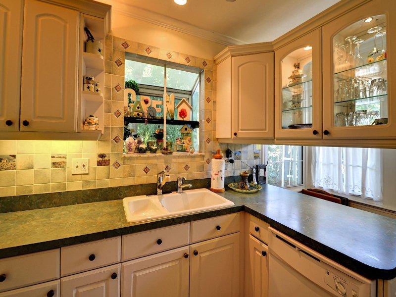 Moderne keukenapparatuur is voorzien van een vaatwasser